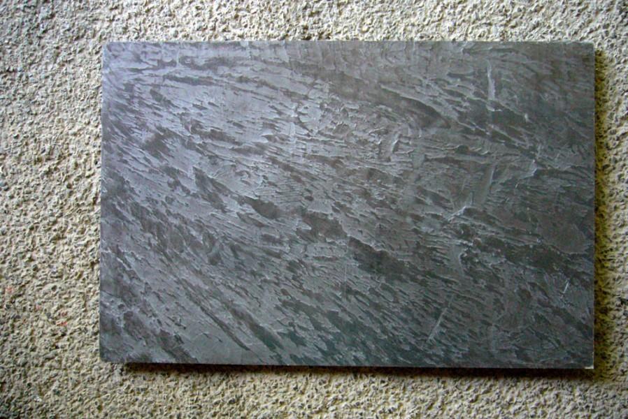 effet de matière ardoise, enduit simple puis cire à la nacre et au graphite